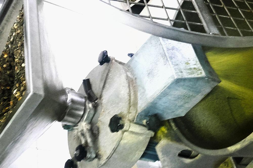 Szak olajüzem- tökmagolaj sajtolás